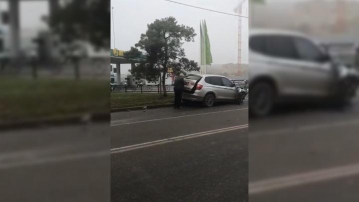 В Азове пьяный водитель с удостоверением судьи устроил аварию