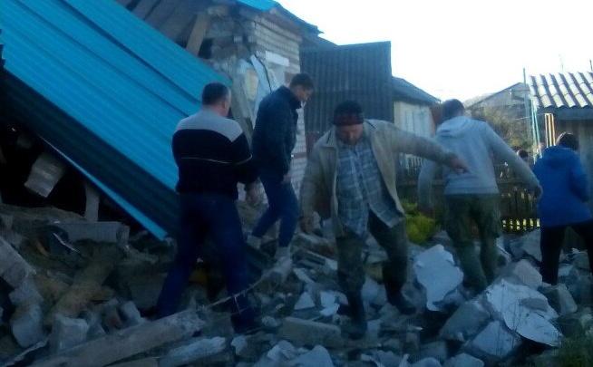 Под обломками взорвавшегося в Еловском районе дома нашли тело погибшего мужчины