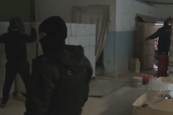 Полицейские изъяли фальсифицированной продукции на сумму более двух миллионов рублей