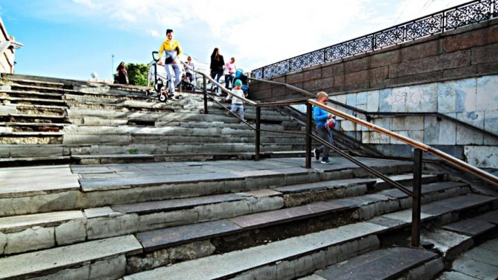 «Мрамор и гранит снимут»: ремонт перехода под площадью Революции оценили в 700 тысяч