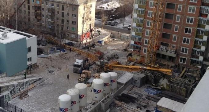 Екатеринбуржцу, из-за которого на Куйбышева упал кран и погиб машинист, дали 2 года условно