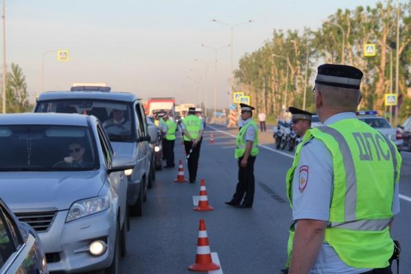 Во время сплошной проверки, проведенной 10 июля в Заводоуковске, инспекторы задержали семь пьяных водителей