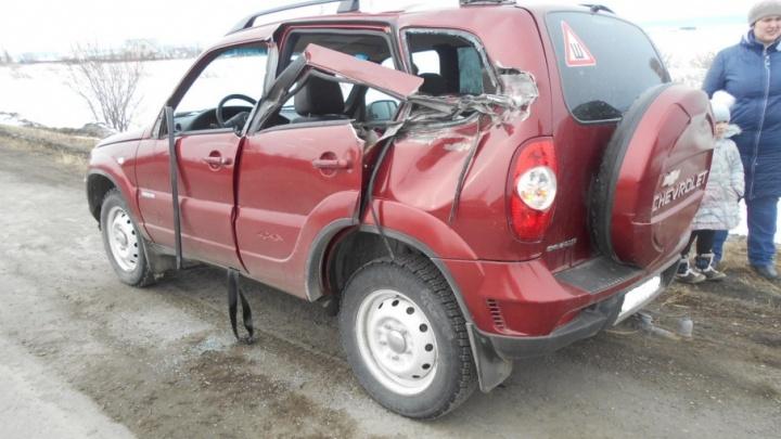На трассе в Челябинской области Chevrolet  неудачно выскочил на встречку