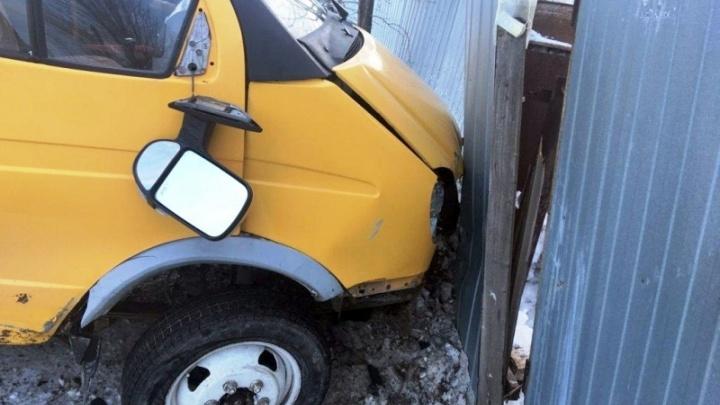 В Чапаевске при столкновении «Жигулей» и «Газели» пострадал 5-летний пассажир