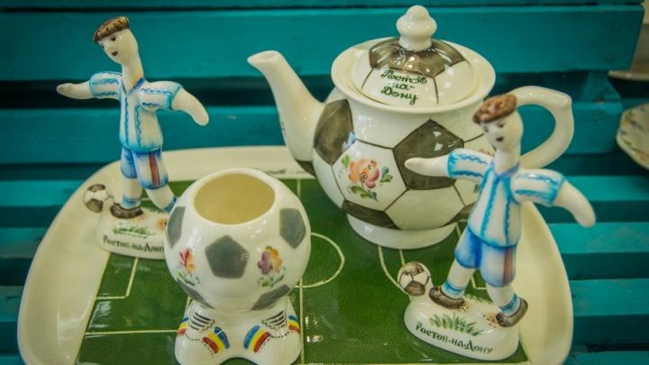 Донской сфинкс, чайники-храмы и нагайка: что гости Ростова увозят на память о городе