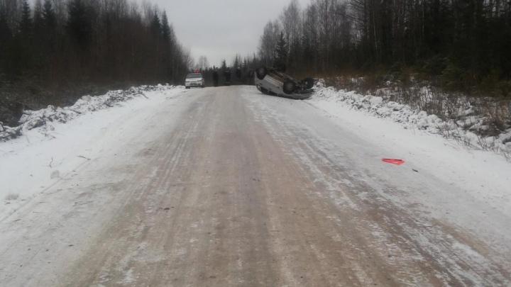 В Котласском районе на дороге перевернулась «Шевроле Нива»