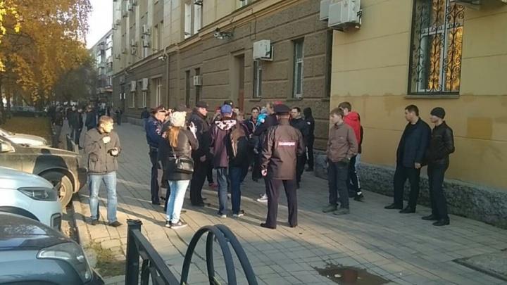 Хотели устроить агитпрогулку: в Перми задержали сотрудников штаба Навального