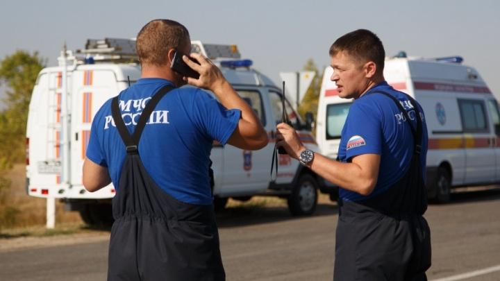 Людям разрешили вернуться в покинутые из-за пожаров дома в Дубовском районе