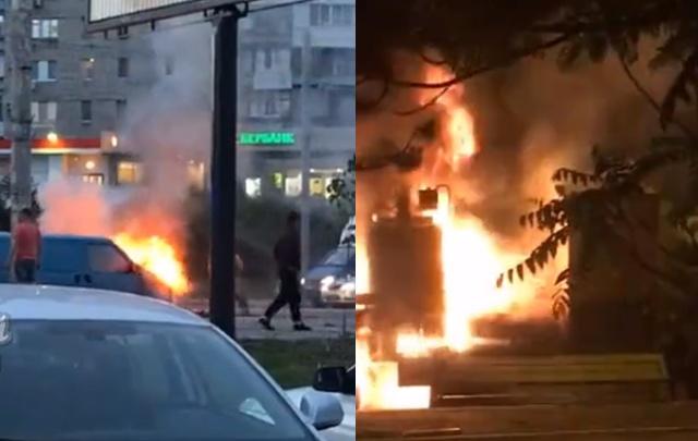 В Ростове за ночь сгорели две иномарки