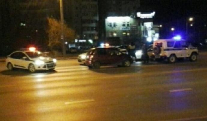 В Тюмени пассажирка угнала такси, пока водитель разменивал деньги в магазине