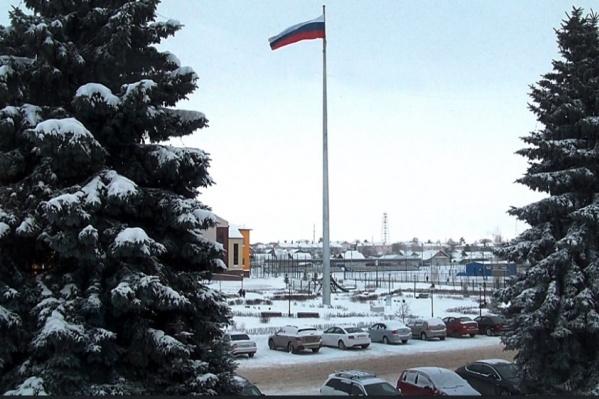 Высота флагштока — 35 метров