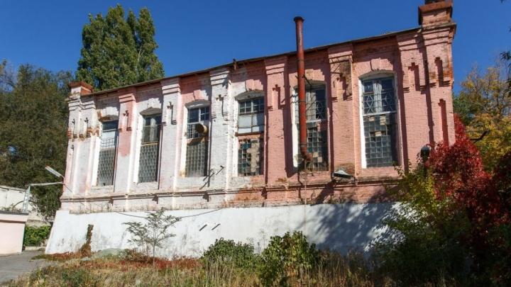 Музей воды «Фильтры» или частный ресторан: чем станет здание водокачки в центре Волгограда?