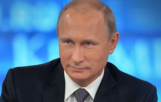 Владимиру Путину хотят показать в Волгограде Мамаев курган и ветеранов