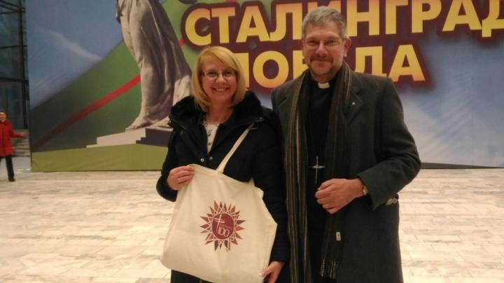 Иностранных гостей праздничного Волгограда впечатлили Путин и концерт