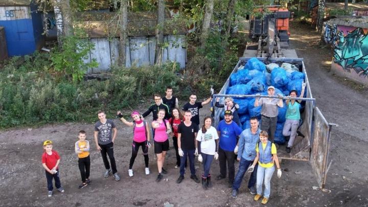 Пермяки убрали 835 килограммов мусора с берега реки Данилихи