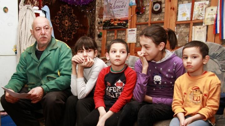 Областной суд встал на сторону многодетной семьи, чей дом требовала снести ростовская бизнес-леди