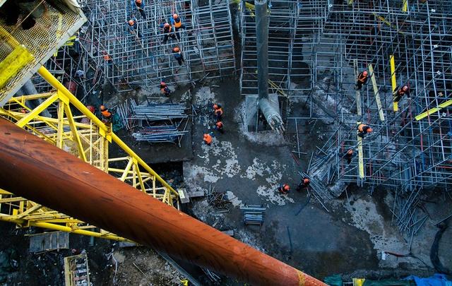 Сборку купола «Самара Арены» ускорят с помощью нового крана грузоподъемностью 350 тонн