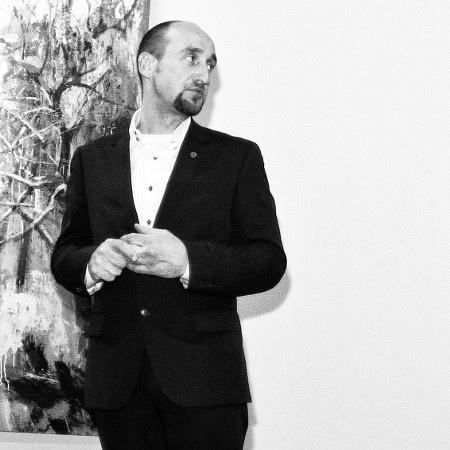 """Директор музея современного искусства """"Эрарта"""" Михаил Овчинников"""