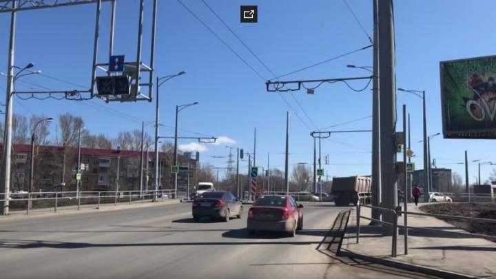 «Люди бросаются под колеса!»: самарцы пожаловались на дорожное движение на Луначарского