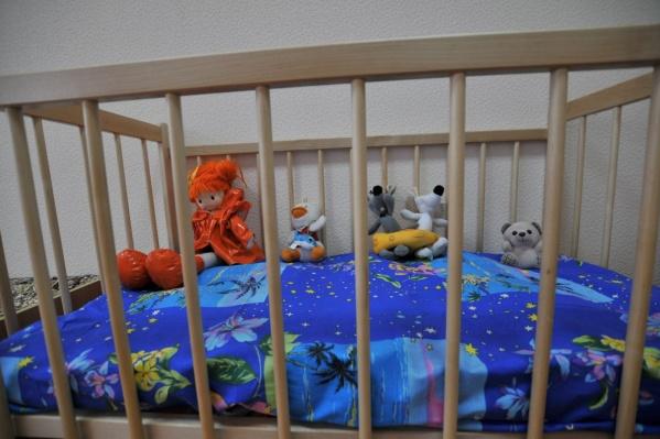 Малышей забрали из семьи и отправили в детский дом.