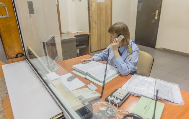 В Самарской области мужчина обворовал знакомую, к которой приехал на угнанной «Оке»