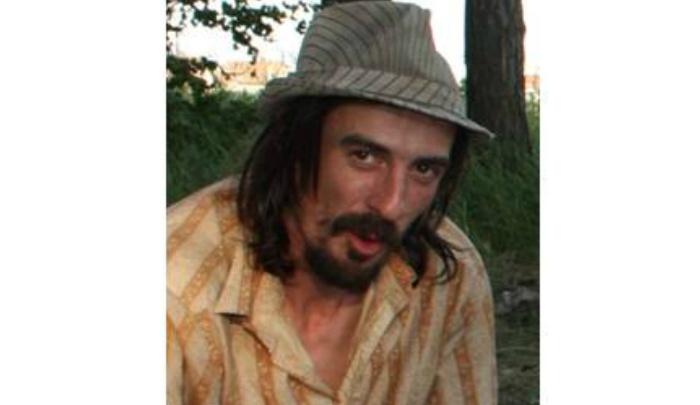 В Ярославской области полторы недели ищут мужчину со шрамом