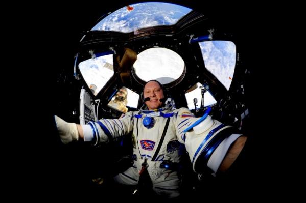 Олег Артемьев пообещал прислать из космоса снимки Челябинска и передать горожанам привет