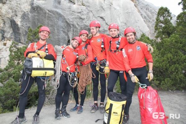 Великолепная шестёрка самарских спасателей