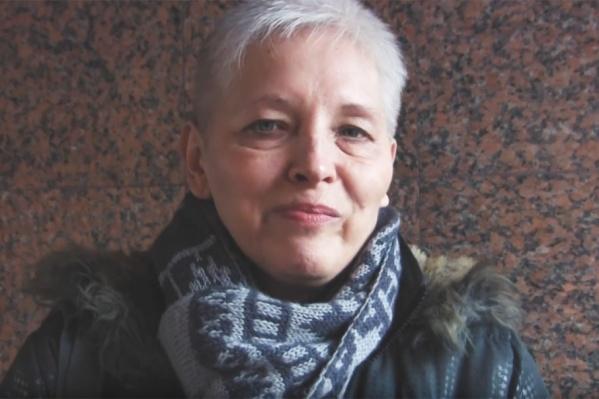 После суда Ирина Молчанова не могла сдержать радостных эмоций и всех благодарила