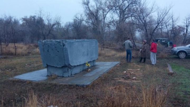 В Волгограде выкапывают братское захоронение ради строительства дороги и домов