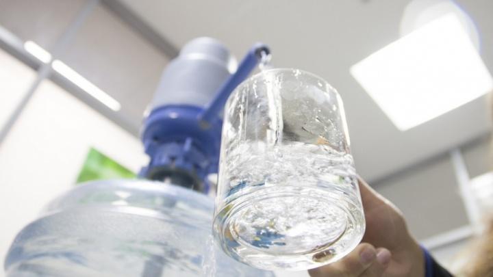 Источник жизни с доставкой на дом: где заказать питьевую воду в Самаре