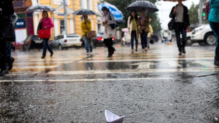 После дождичка в четверг: самые затопленные улицы Ярославля
