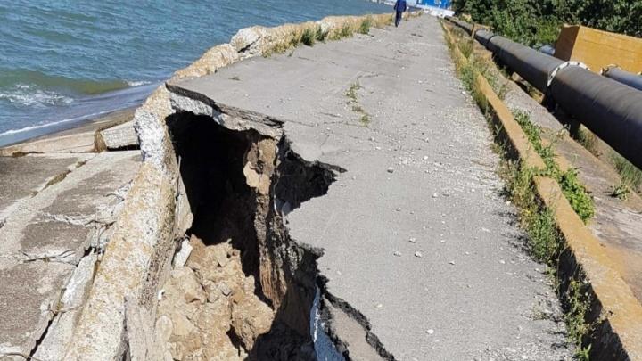 Угрозы нет: разрушение дамбы в Цимлянском водохранилище остановили