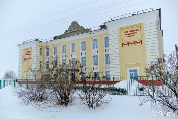 В обычной школе в Быковском районе дети живут по заветам Ильича
