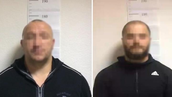 Затолкали в машину и отобрали 690 тысяч рублей: в Тюмени задержали похитителей бизнесмена