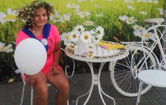 Брошенная из-за некрасивого лица девочка умерла после пластической операции