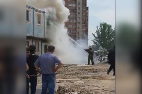 Огонь вспыхнул на стройке «Ярославль-Сити»