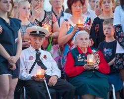 600 пермяков зажгли «Свечи памяти»