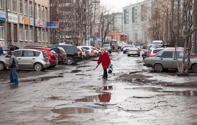 Областные депутаты решили не делиться транспортным налогом с Архангельском
