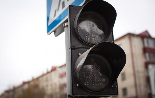 Три светофора в заречной части Тюмени погаснут на несколько часов