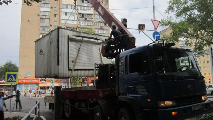В Самаре за полгода с улиц убрали 150 незаконных киосков и ларьков