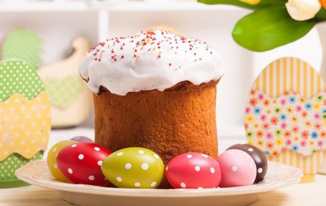 Чьи яйца краше, а куличи пышнее: накрываем стол на Пасху