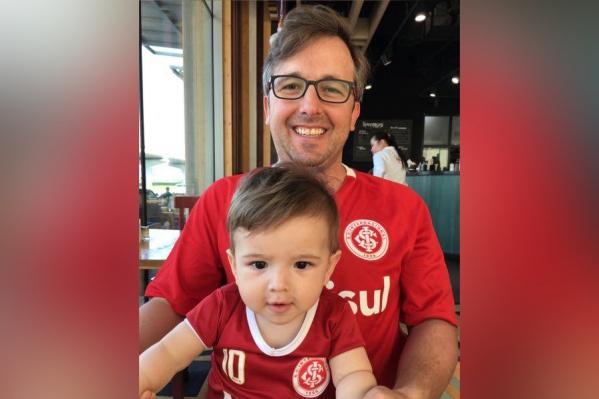 Бразилец Юрий Лебедев с сыном