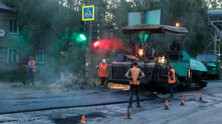 На улице Гагарина отремонтировано более двух тысяч квадратных метров дорог