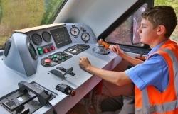 В Волгограде продолжено строительство учебного корпуса детской железной дороги