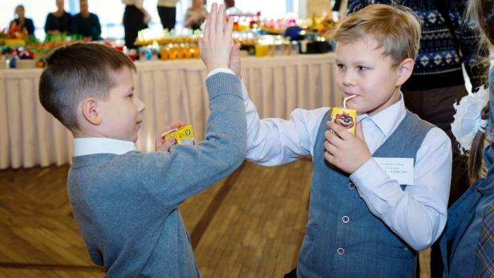 Ярославских школьников начали поить молоком в тестовом режиме