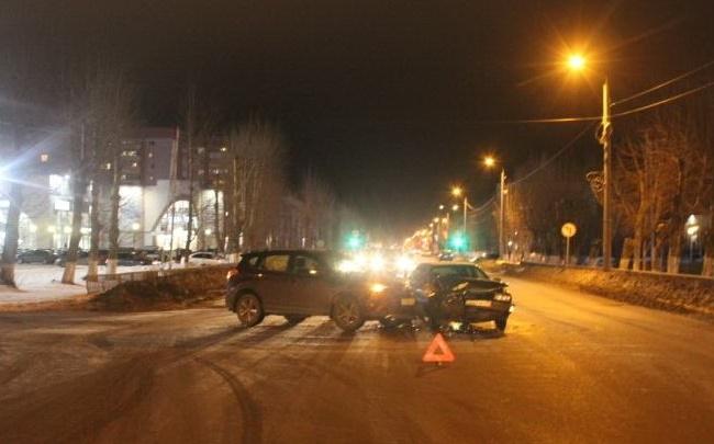 В Северодвинске Toyota не уступила дорогу Audi