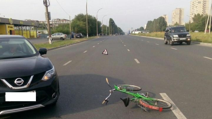 В Тольятти иномарка сбила пенсионера на велосипеде