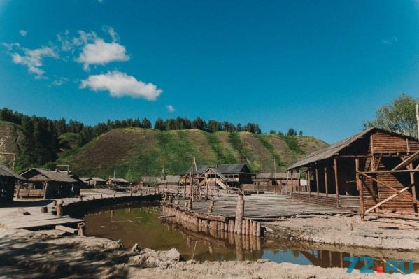 Деревянные декорации стоимостью 70 миллионов рублей – часть интерактивного музея «Посад сибирских старожилов»
