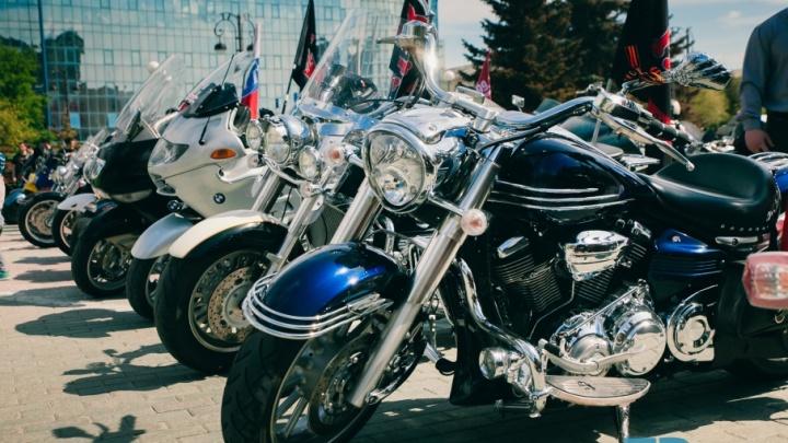Мотоциклисты Тюмени почтят память погибших товарищей на Цветном бульваре